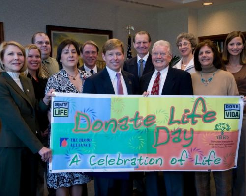 Donate Life Day 2008 - Jacksonville FL, Mayor John Peyton and a group of the newly formed JTA